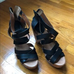 Women's Lucky Brand Black Wedges Size 9 GUC